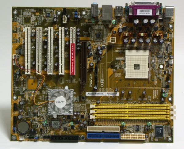 Материнская плата Foxconn NF3250K8AA-RS Soc-754 NForce3 250 AGP ATX SATA/PATA/RAID LAN AC'97 6ch - фотография 3.