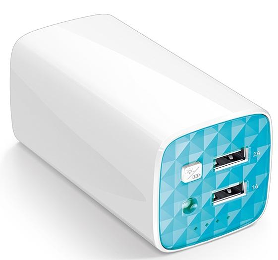 Мобильный аккумулятор TP-Link TL-PB10400 Li-Ion 10400mAh 2.4A белый/голубой 2xUSB (чехол в комплекте)